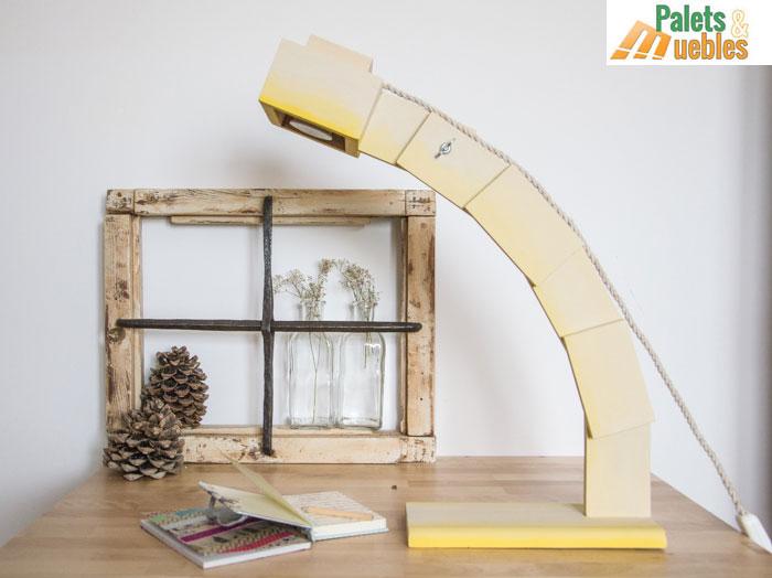 Flexo de dise o hecho con tablas de palets palets y muebles for Diseno de muebles con madera reciclada