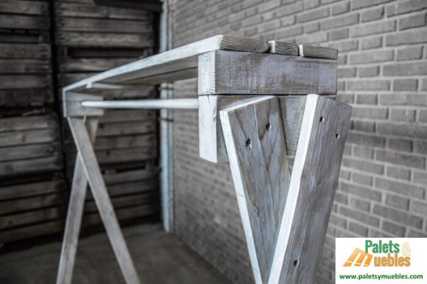 Decoracion tienda muebles para ropa palets y muebles for Muebles segunda mano bizkaia