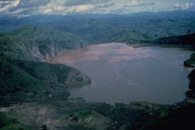 Danau Terindah Sekaligus Berbahaya Di Dunia