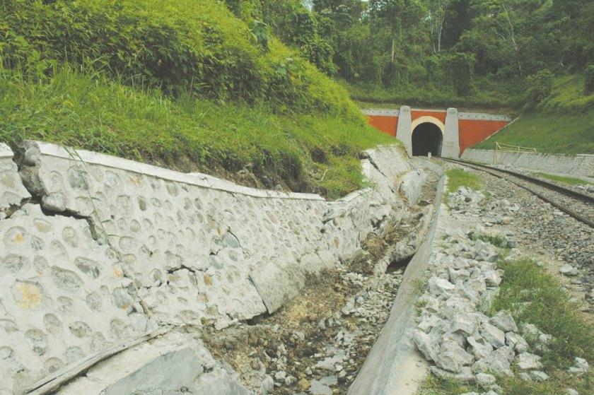 Terowongan Terpanjang Di Indonesia