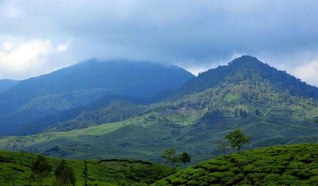 Gunung Tertinggi di Jawa Barat