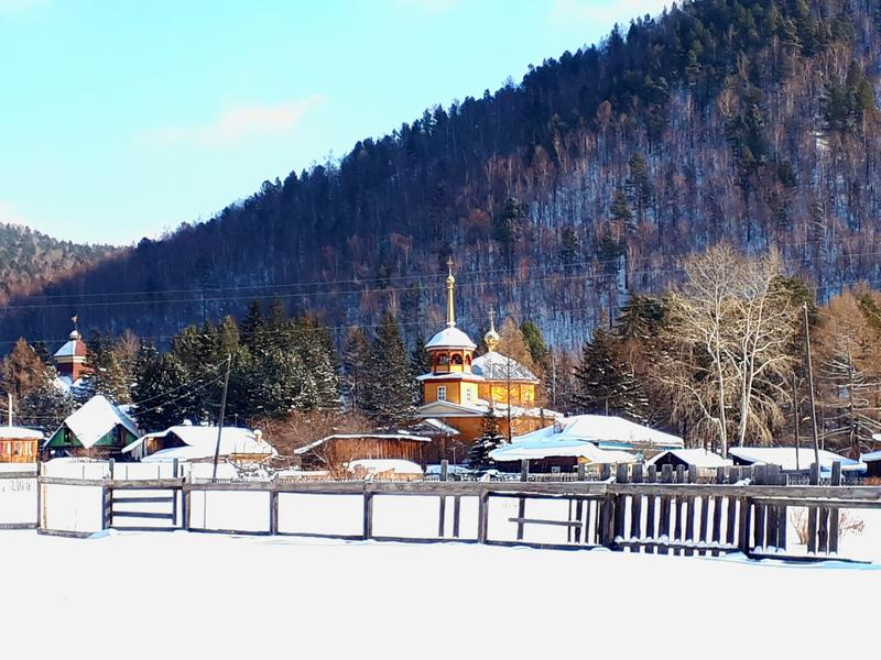 listvyanka church lake baikal winter trip report