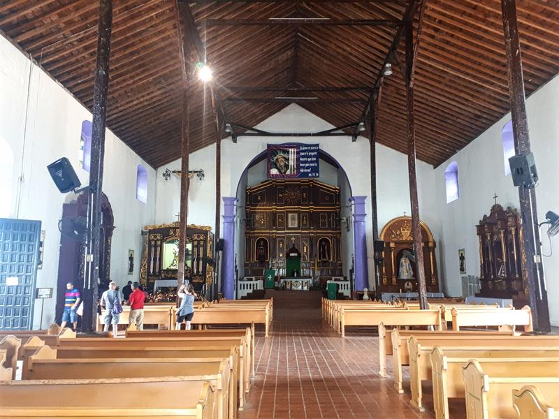 portobelo church interior