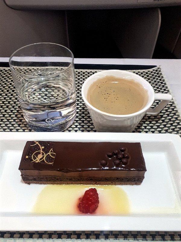 saudia business class dessert