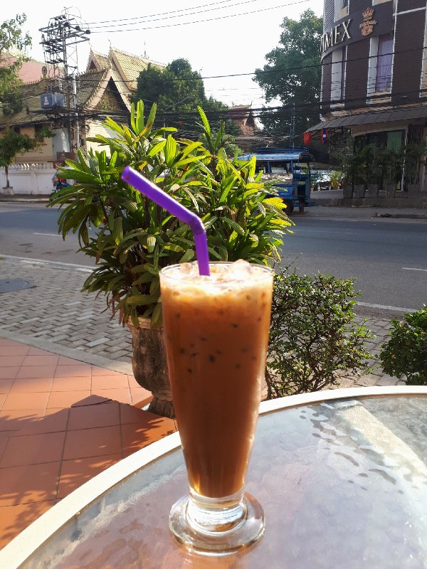 hotel khamvongsa vientiane iced coffee