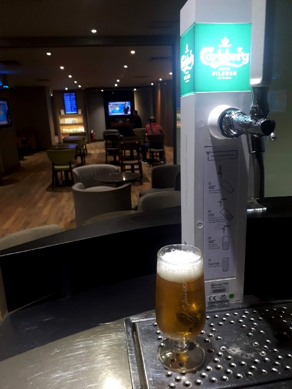 carlsberg draught beer plaza premium lounge gateway klia2
