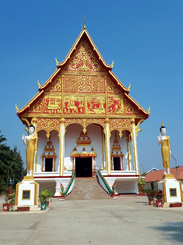 vientiane pha that luang wat buddhist temple