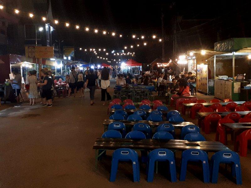 hawker street food vang vieng