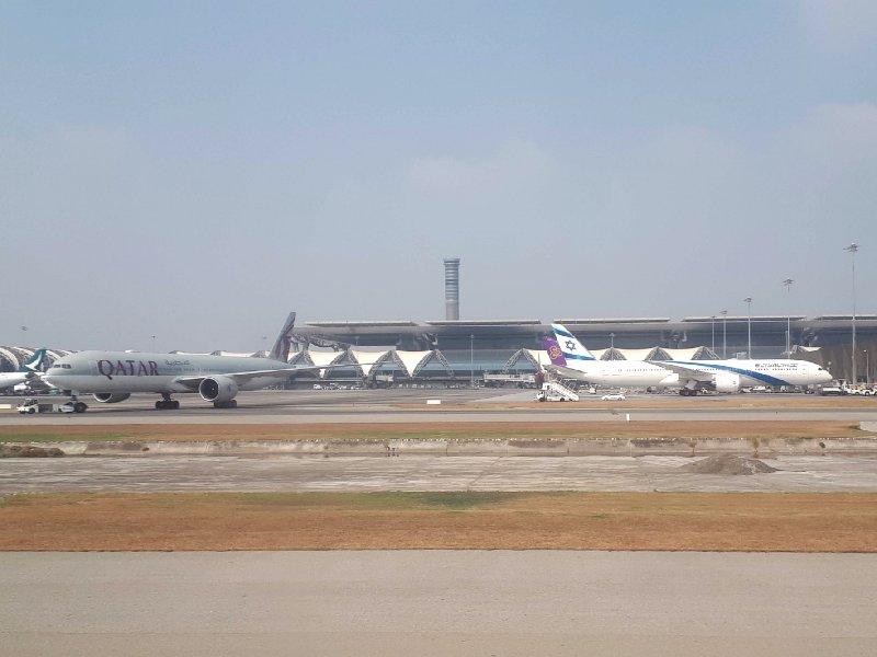 qatar airways el al bangkok