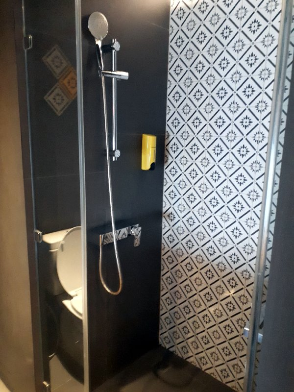 ibis styles bangkok bathroom shower