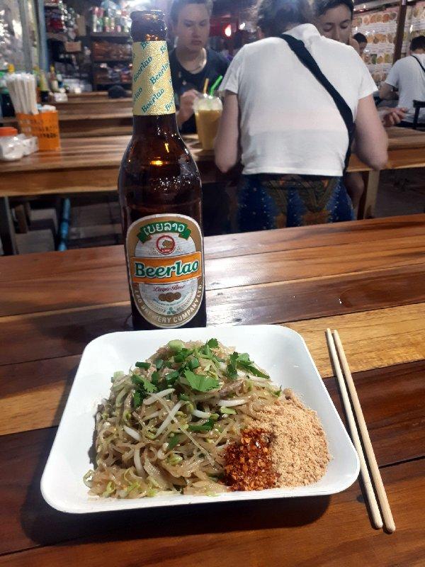 pad thai night market luang prabang
