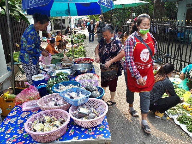 luang prabang morning market