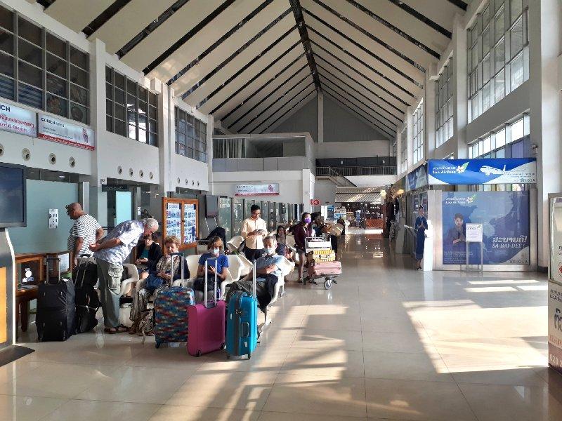 luang prabang airport thai smile review