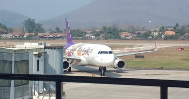 thai smile review luang prabang airport
