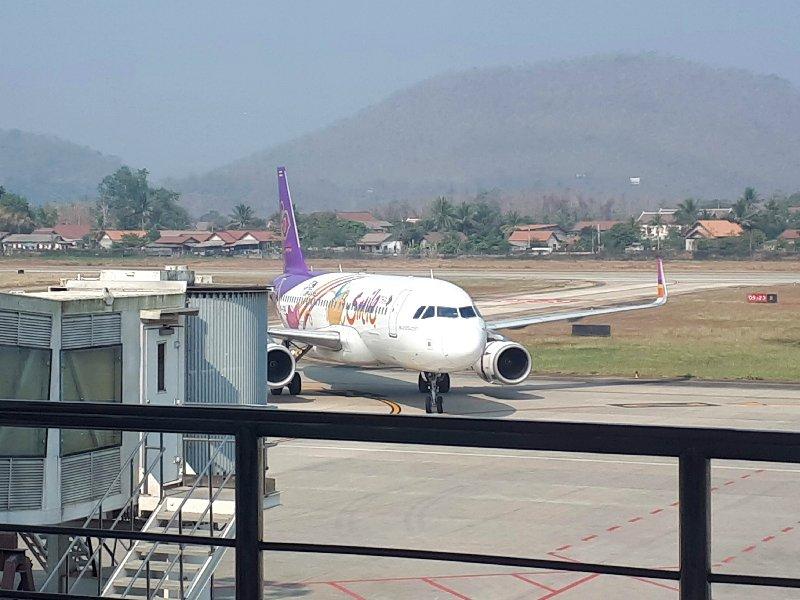 thai smile review luang prabang airport