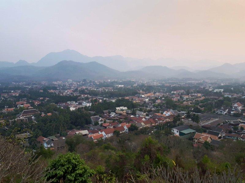 phousi hill sunset