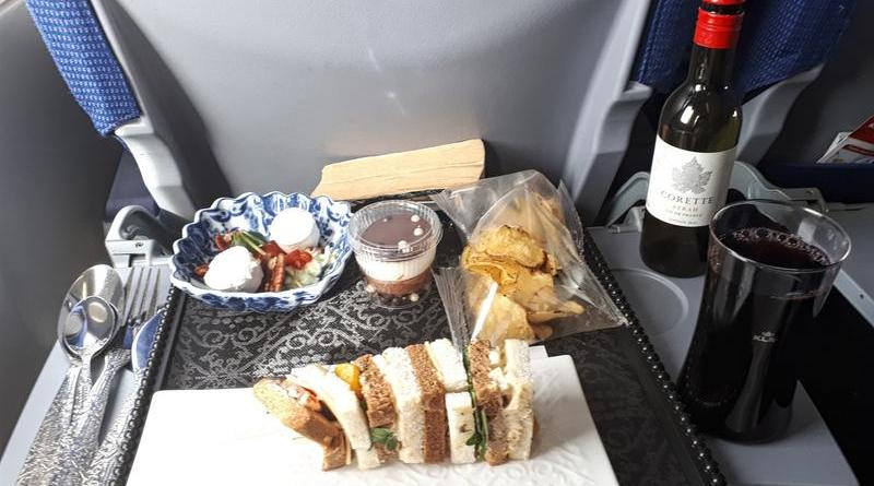 klm business class review boeing 737 food meal