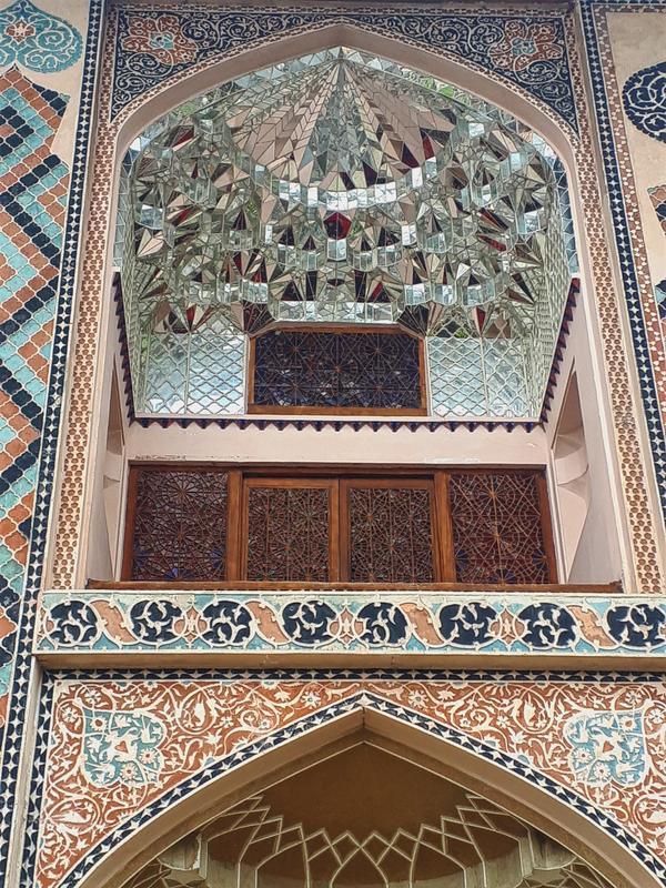 khan's palace sheki