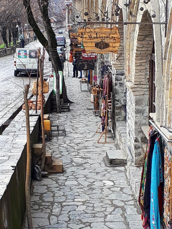 sheki shops