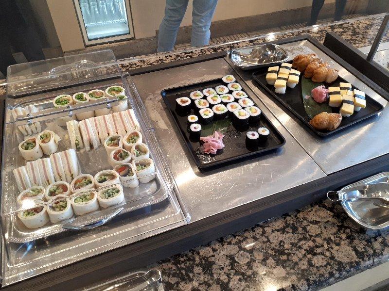 sushi tokyo narita united club review