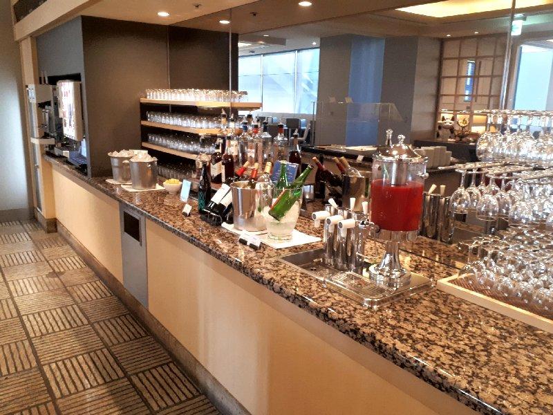self serve lounge bar drinks