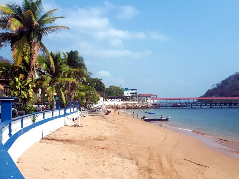 taboga island town beach isla day trip