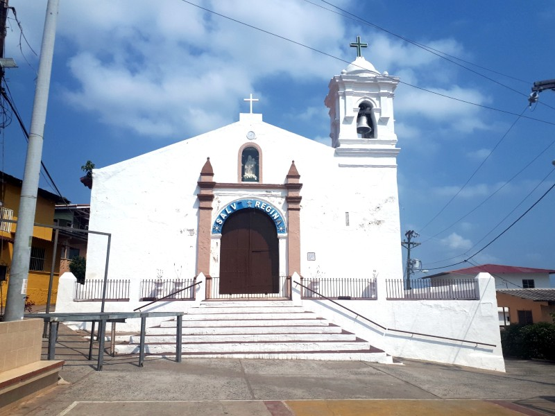 isla tobago church day trip