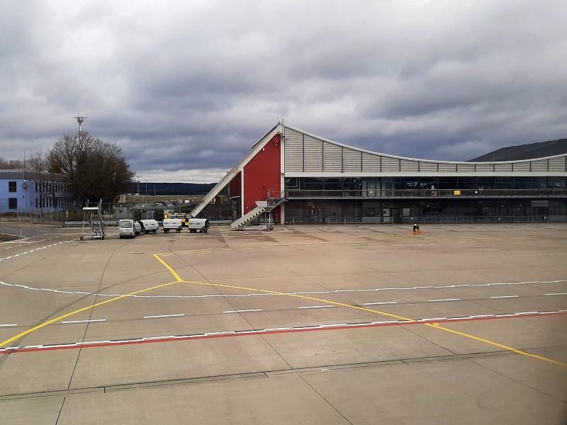 memmingen airport terminal