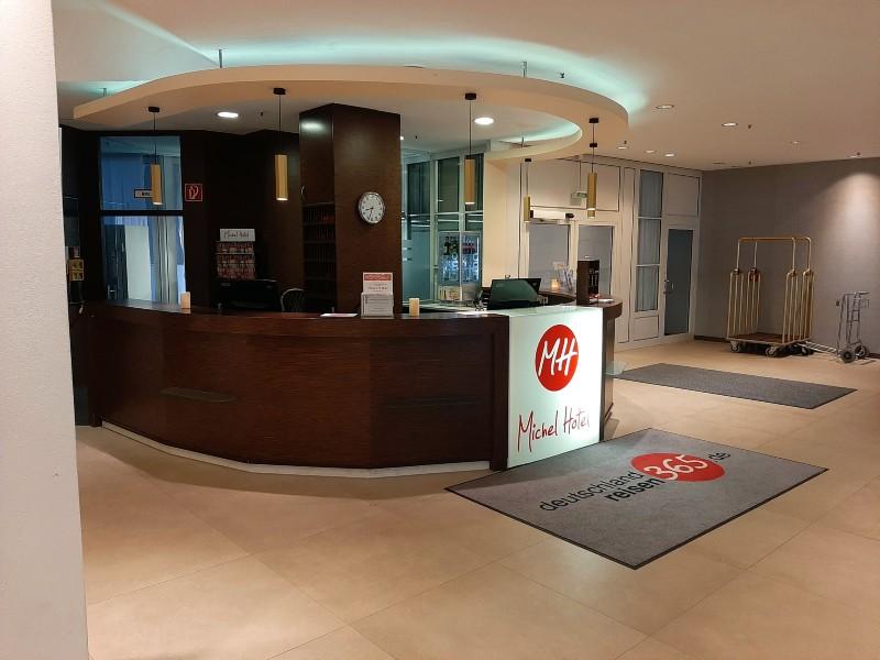 michel hotel landshut reception desk