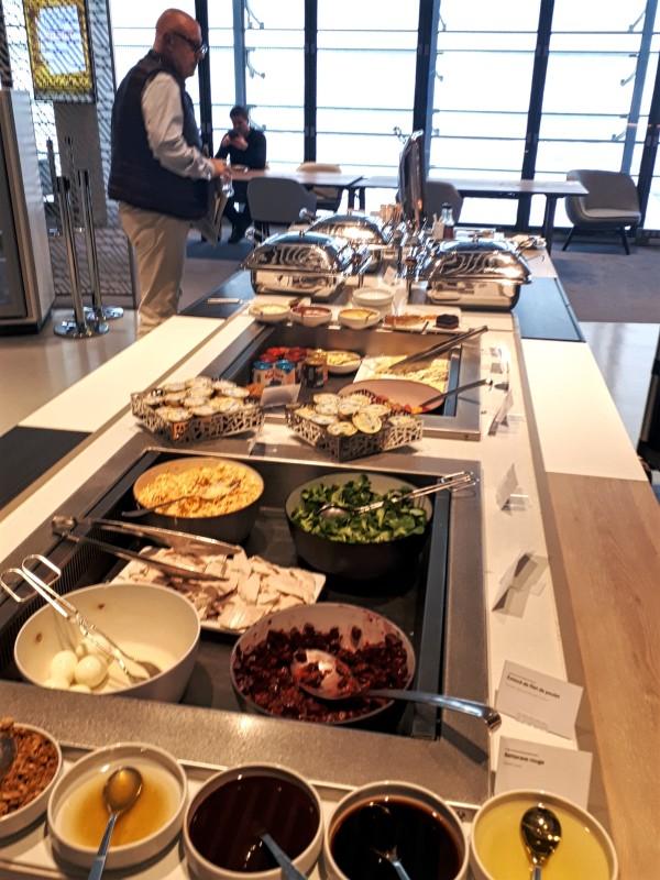lounge buffet