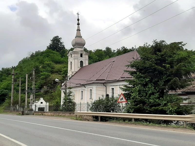 Șoimoș church