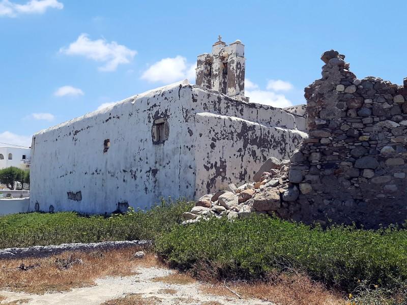 grotta beach church