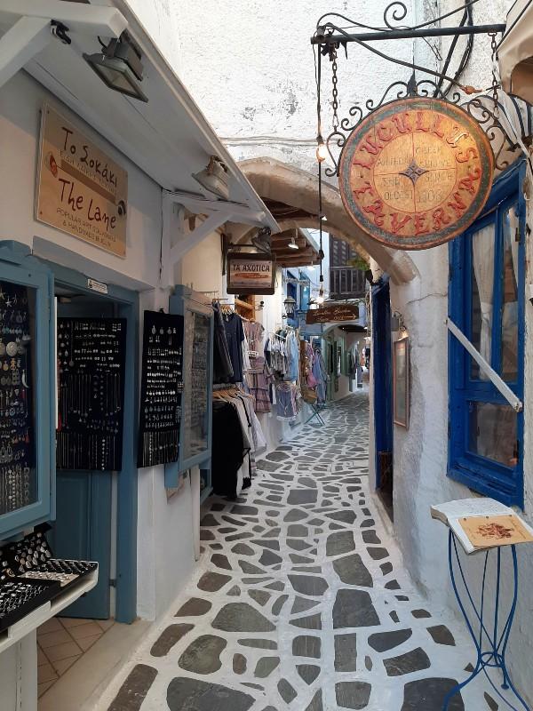 shops naxos