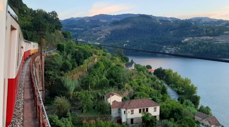 train douro valley portugal interrail discount