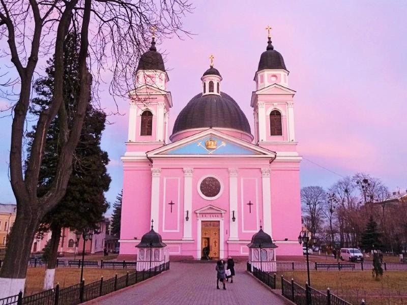 church chernivtsi