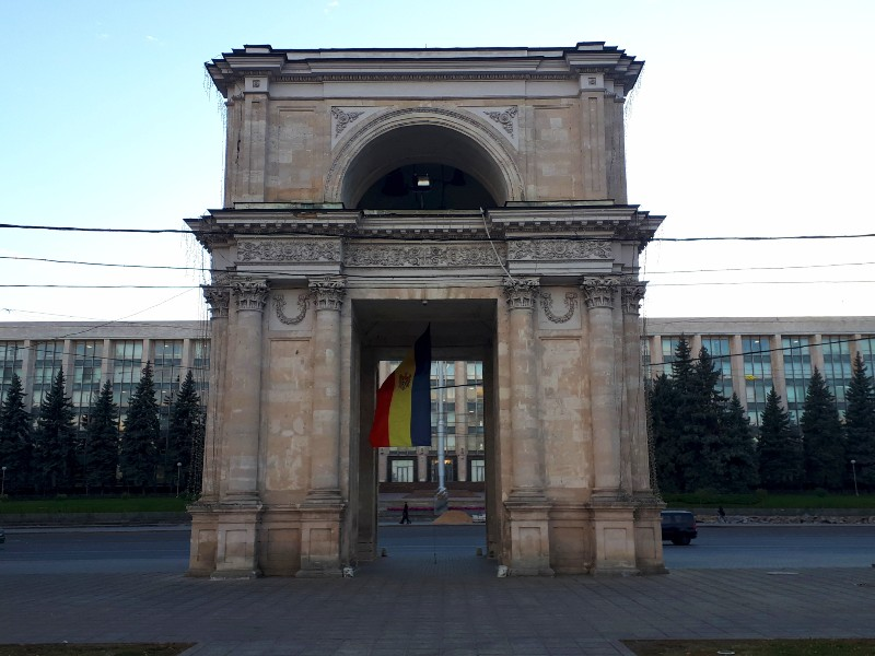 moldova chisinau government building