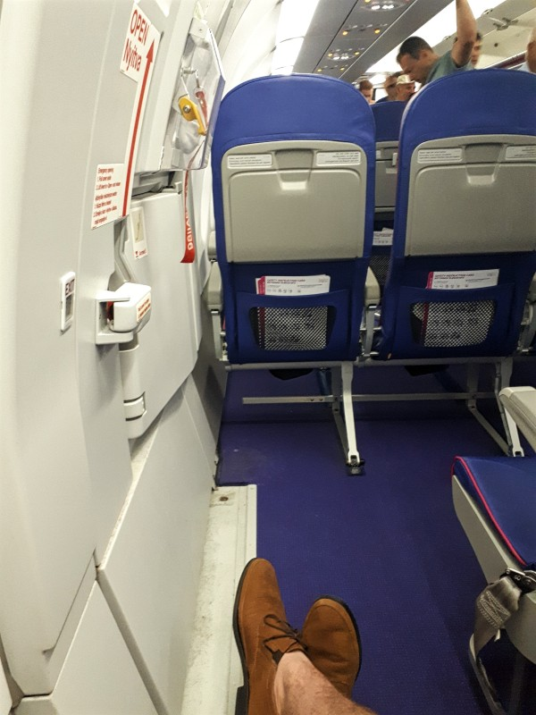 seat wizz air airbus a321 review