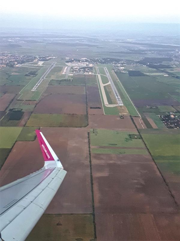 bucharest otopeni airport