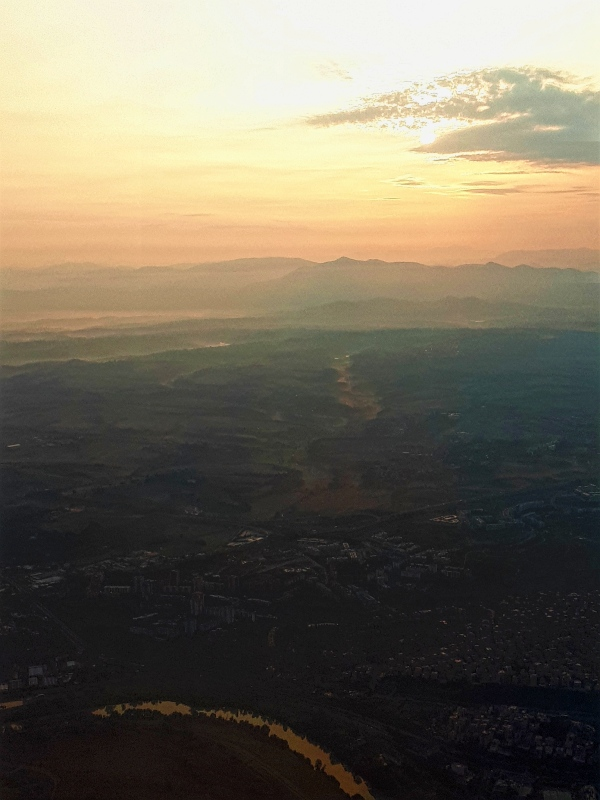 wizz air review sunrise italy