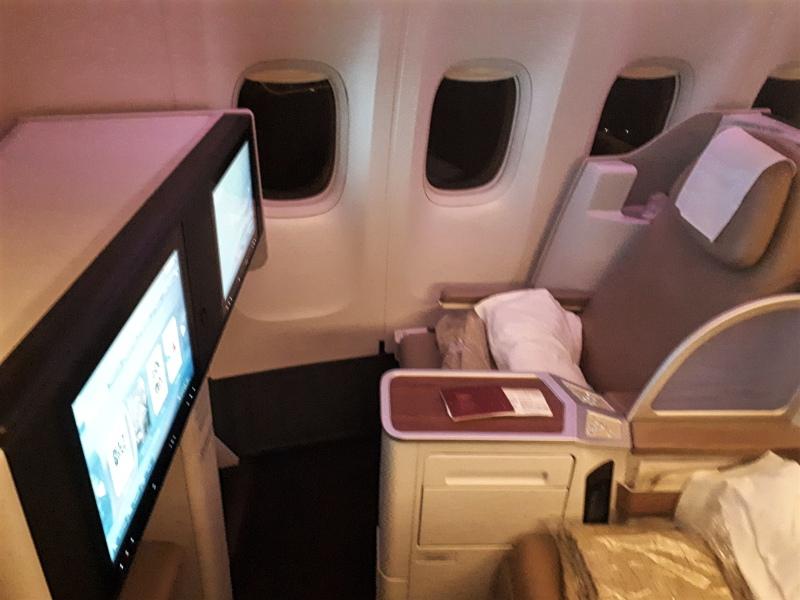 saudia business class boeing 777-300