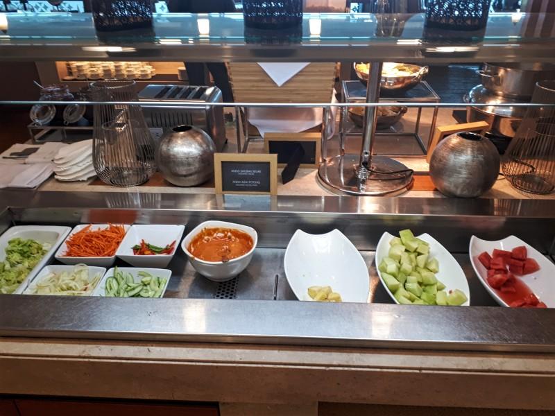 buffet garuda indonesia domestic lounge jakarta airport