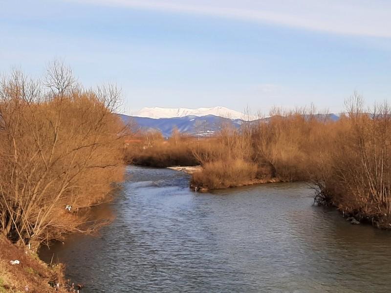 river confluence caransebes romania