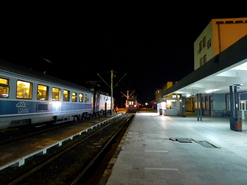 caransebes station train cfr