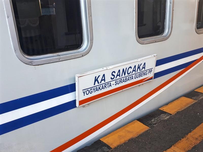 sancaka train yogyakarta surabaya indonesia