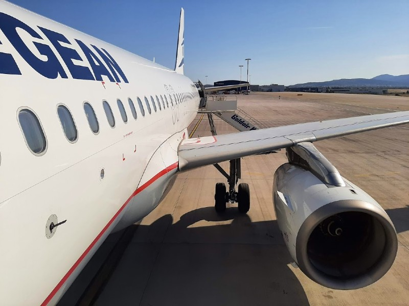 aegean airlines athens airport airbus a320