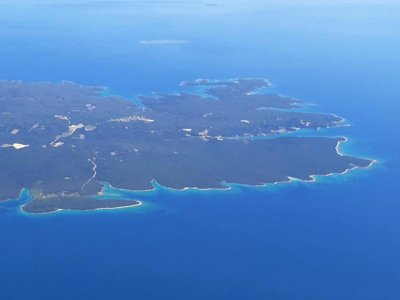 cres island croatia trade air let l-410 turbolet