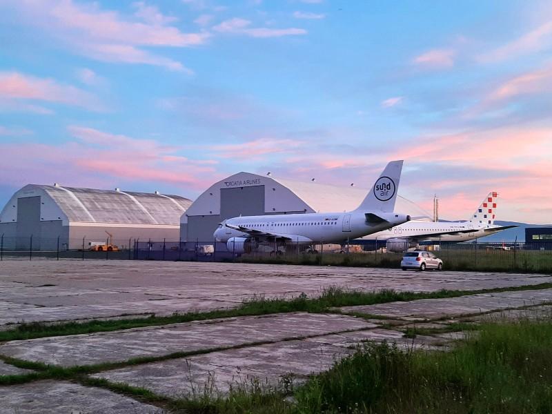 croatia airlines sundair zagreb