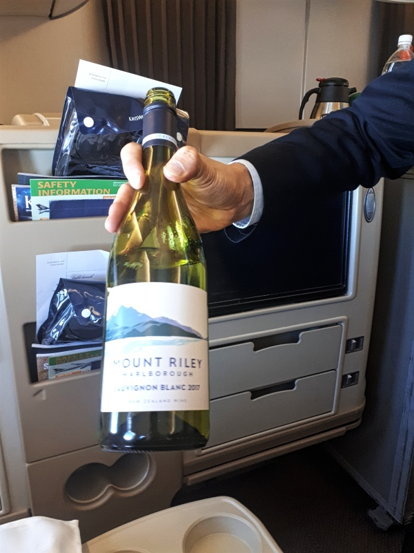 sauvignon blanc new zealand singapore airlines business class