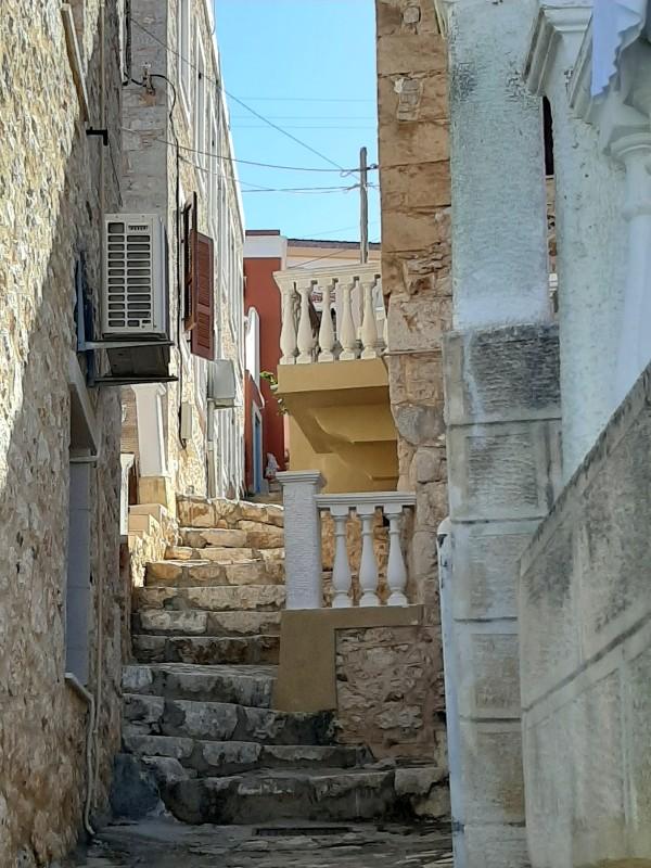 halki steps emborios