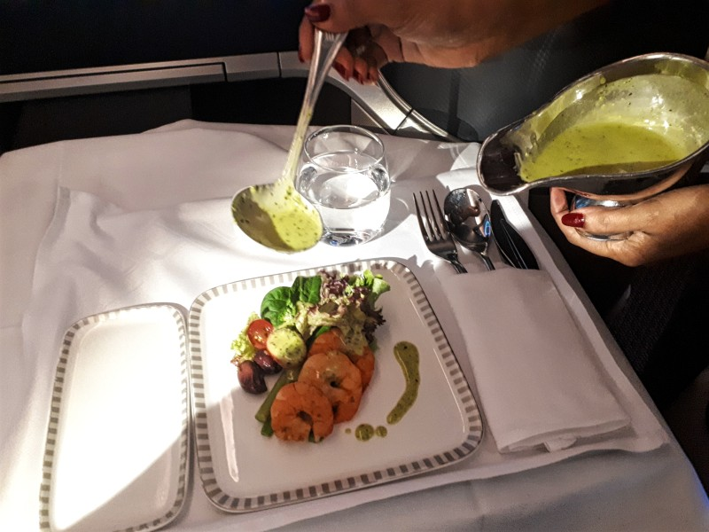 prawns singapore airlines business class
